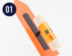 DECOを塗りつける時は、しなりの大きいプラスチック製のうま〜くヌレールこてが便利です。