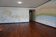 漆喰壁・キャンパス・ヨガ教室の壁を美しい漆喰のグラデーションに。