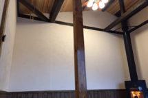 天井・木と漆喰の見事なコラボレーション!