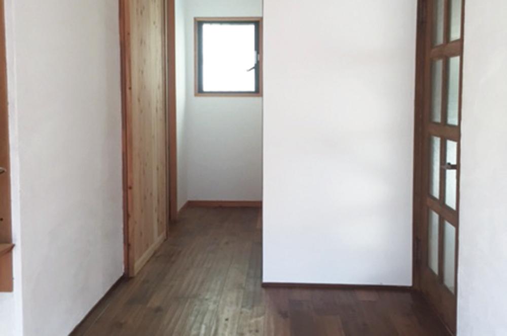 漆喰・杉板・中古住宅を4年かけて全面DIYリフォーム!