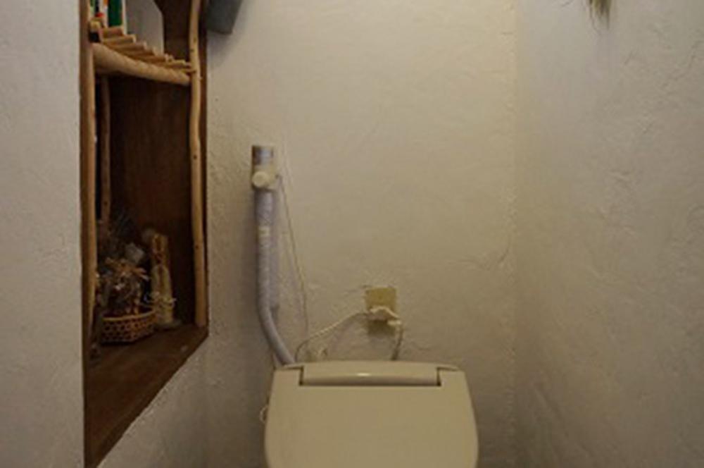 トイレ・築40年の中古別荘を漆喰DIY