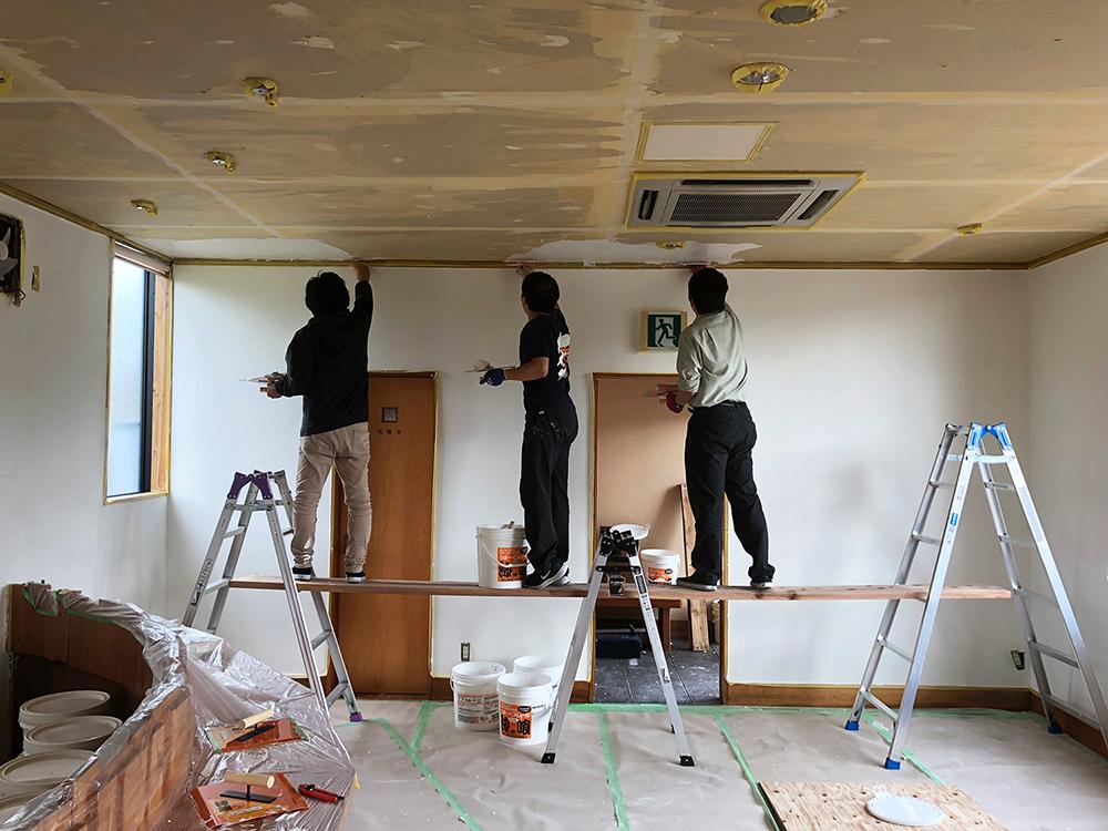 漆喰・漆喰DIY・天井塗り・ココを塗るのは難しい?大丈夫です!コツをお教えします!!