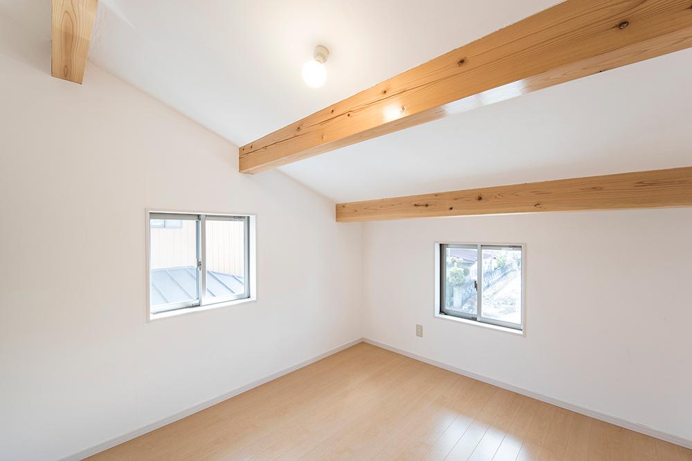 漆喰・漆喰DIY・明るい部屋・ココを塗るのは難しい?大丈夫です!コツをお教えします!!